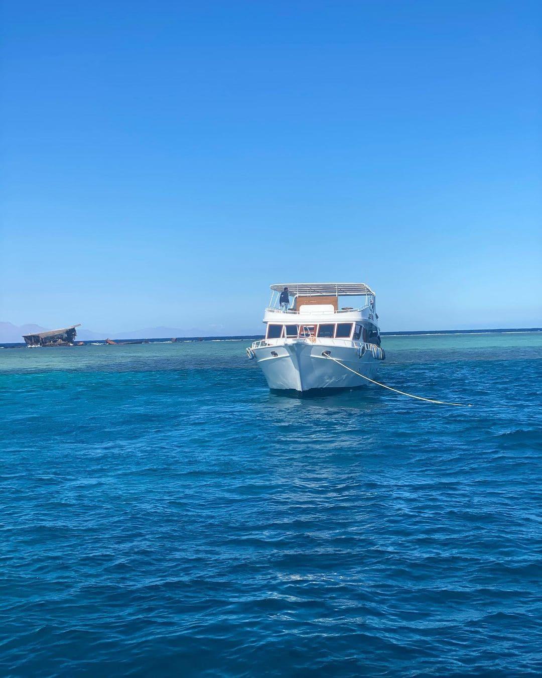 Морская экскурсия на яхте в Шарм Эль-Шейхе фото